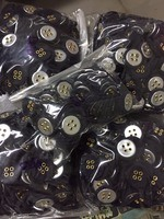 eyelet fabric-covered buttons (4 holes)