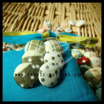 Fabric Button  Pattern: polka dot/tartan Color: white/green  Made to order with no minimum amount.