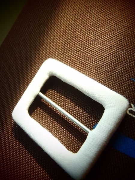 fabric-covered belt buckle - rectangle